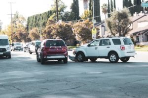 Tucson, AZ - Injuries Reported in Multi-Car Crash at Grant Rd
