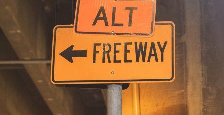 12.4 Phoenix, AZ - Car Crash Causing Injuries Reported on I-10 Near Miller Rd
