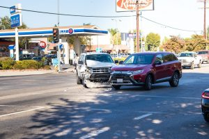 Phoenix, AZ - Injuries Reported in Rear-End Crash on L-101 at I-17