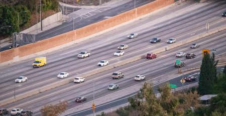 2.17 Phoenix, AZ - Injury Car Accident Reported on I-17 at Indian School Rd