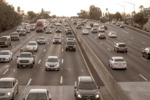 How You Can Avoid a Commercial Truck Accident in Arizona
