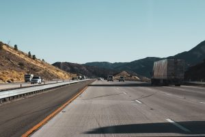 Why Are Commercial Truckers Prone to Sleep Apnea